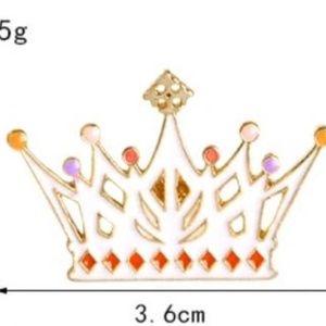 5/$24 Alice Wonderland Queen of Hearts Crown Pin